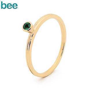Bee Jewelry goldring in 9 carat with green emerald