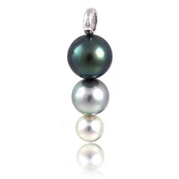 Exclusive Tahiti pearl pendant with 18 carat white gold