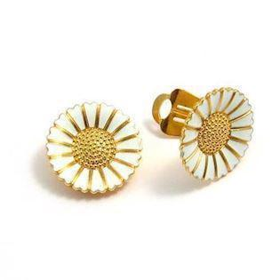 Lund Copenhagen ear clip in gold-plated sterling silver of 25 mm, model 909025-0-M