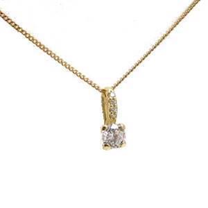 14 carat pendant with zirconia