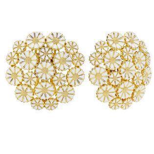 Lund Earring, model 909075-19-0-M - 10 x 7,5 & 9 x 5,0 mm Daisies