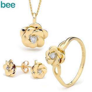 Diamond flower Set Camelia in 9 ct gold